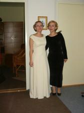 foto so sestrou tesne pred svadbou
