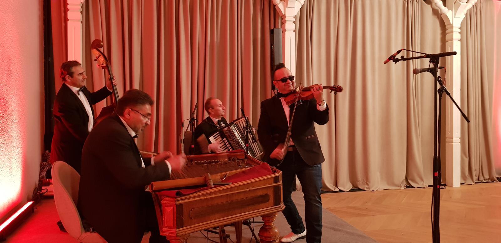 Cimbalovka Diamond Band - Obrázok č. 1