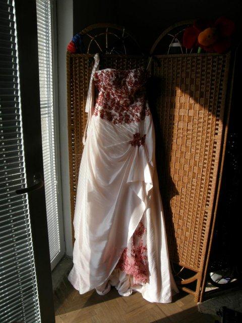 Soňa{{_AND_}}Ondřej - šaty, ozářené ranním sluncem
