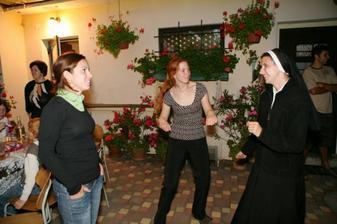 Segra jeptiška paří s mojima kamarádkama