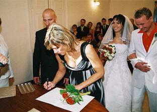svědkyně nevěsty sestřička Peťulka