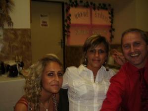 krásná to rodinka:-)