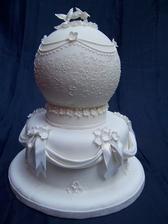 OOOOOch, škoda že som túto nenašla ešte pred svadbou, bola by na svadobnom stole :) neskutočnááááá...