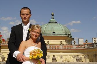Novomanželé Sýkorovi:-)