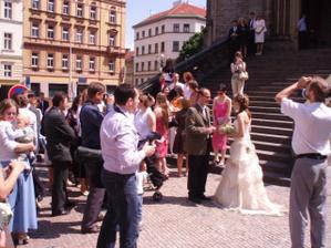 nevěsta s knězem
