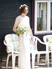 nevěsta se šklebí do sluníčka