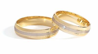 nevíte, kde na Moravě se dají sehnat prstýnky od firmy Goldex?