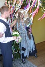 falešná nevěsta-já se naštěstí líbila víc:-)