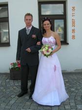 novomanželé-po obřadu