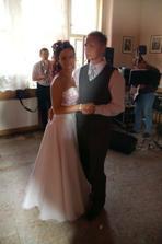 náš první taneček:-)