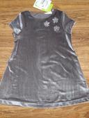 zamatové šaty, 92