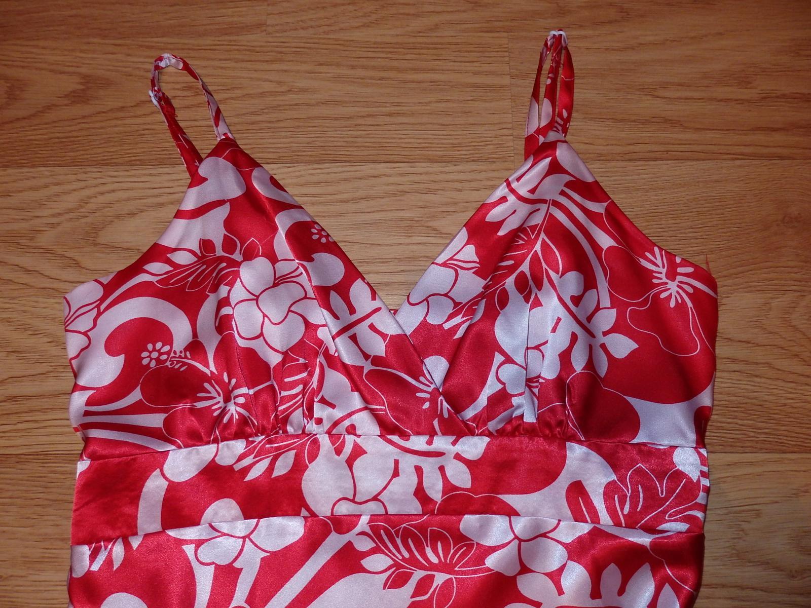 kvetované šaty - Obrázok č. 2