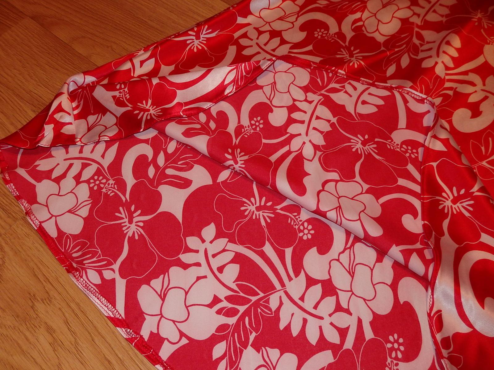 kvetované šaty - Obrázok č. 3