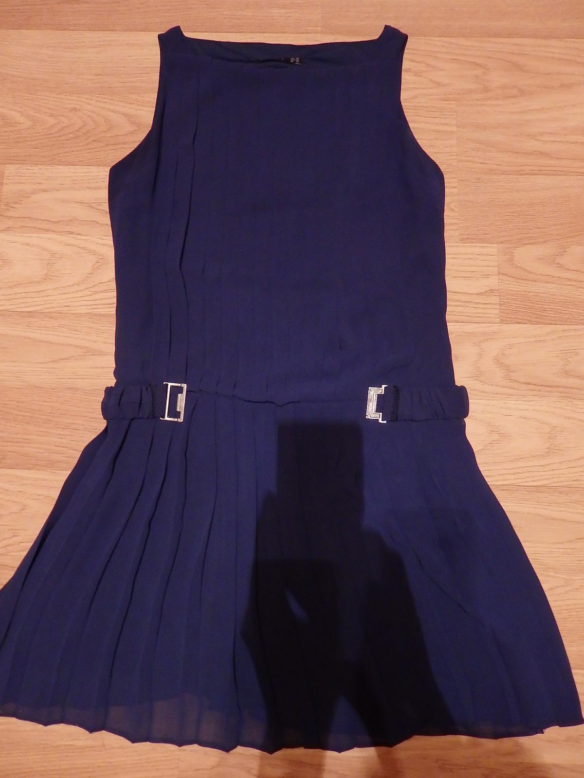 Plisované šaty nad kolená - Obrázok č. 2