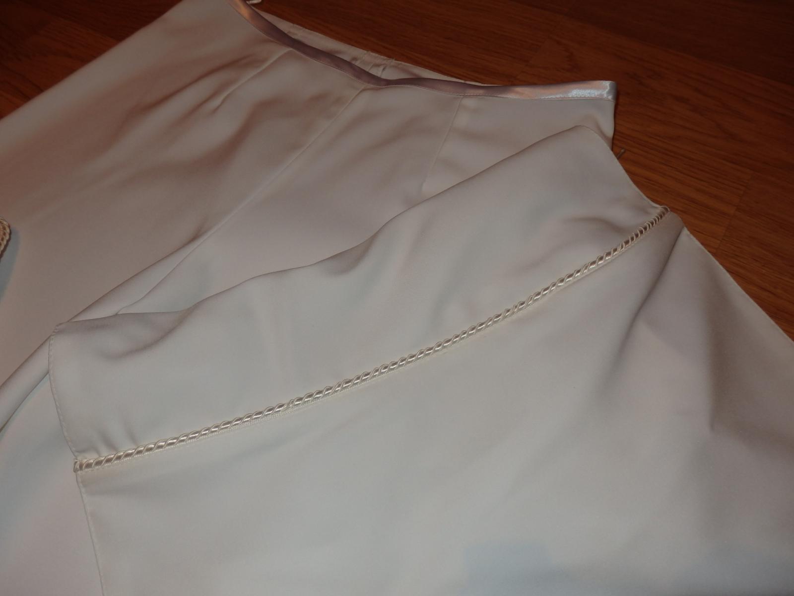 biely nohavicový kostým - Obrázok č. 4