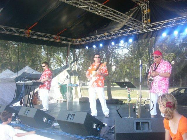 Gin-Tonic Hudobná skupina - Big Stage