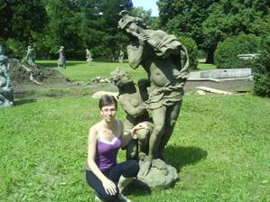 svědkyně - zkouška míst k focení v zámeckém parku