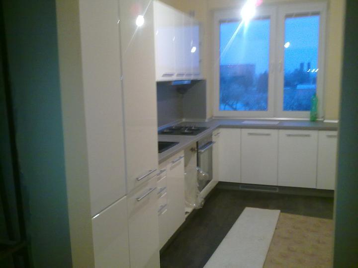 Náš bytík - kuchyňa skoro hotova :-)