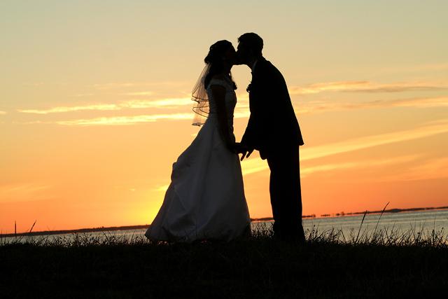 Inšpirácie na svadobné fotenie - Obrázok č. 13