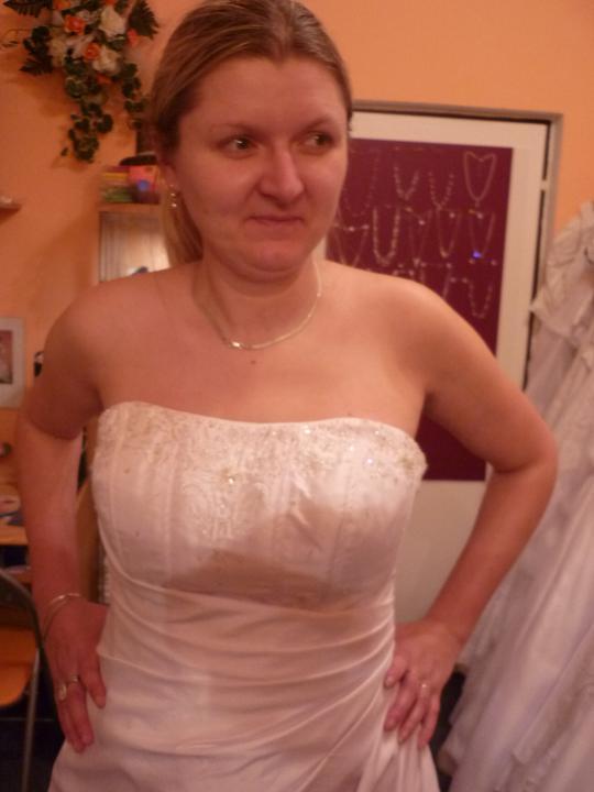 Šaty - Detailněji:)