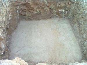 betonová deska pod jímku