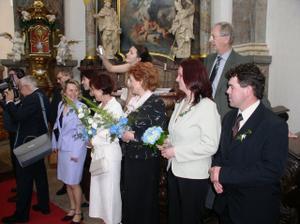 maminky a svědci