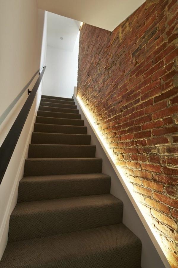 Náš naprojektovaný domček - paci sa nam taketo osvetlenie schodov