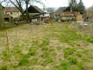 Náš 4-árový pozemok, maličký, ale náš :-)