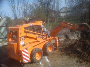 Apríl 2011 - kopeme základy