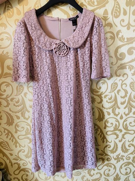 Spoločenské čipkové šaty - Obrázok č. 1