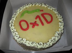 Skoromanžel - kolikáté narozeniny to slavil? :) Hada si modeloval sám...