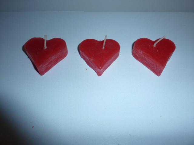 Sviečky v tvare srdca - Obrázok č. 1