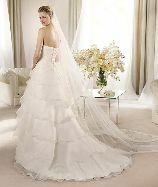 svatebnirajslavkov - Kolekce svatebních šatů pro rok 2013 - St. Patrick a La Sposa