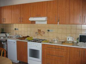 Kuchyn před dokončením..