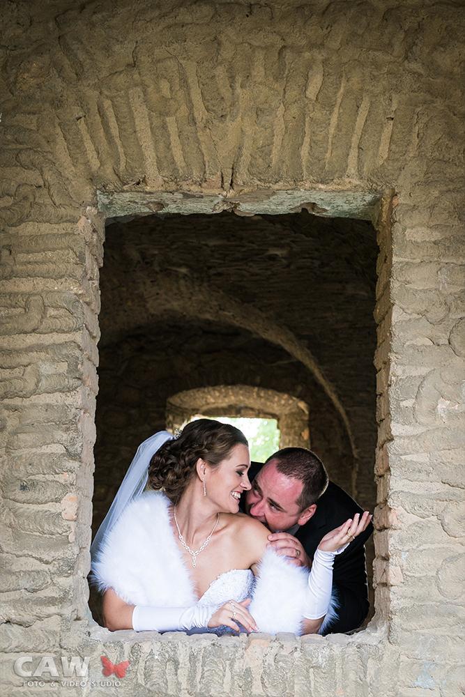 T & T svadobné fotky z opusteného kaštieľa - Obrázok č. 4