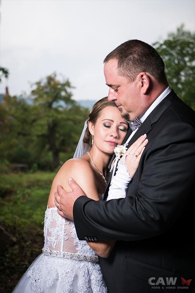 T & T svadobné fotky z opusteného kaštieľa - Obrázok č. 6