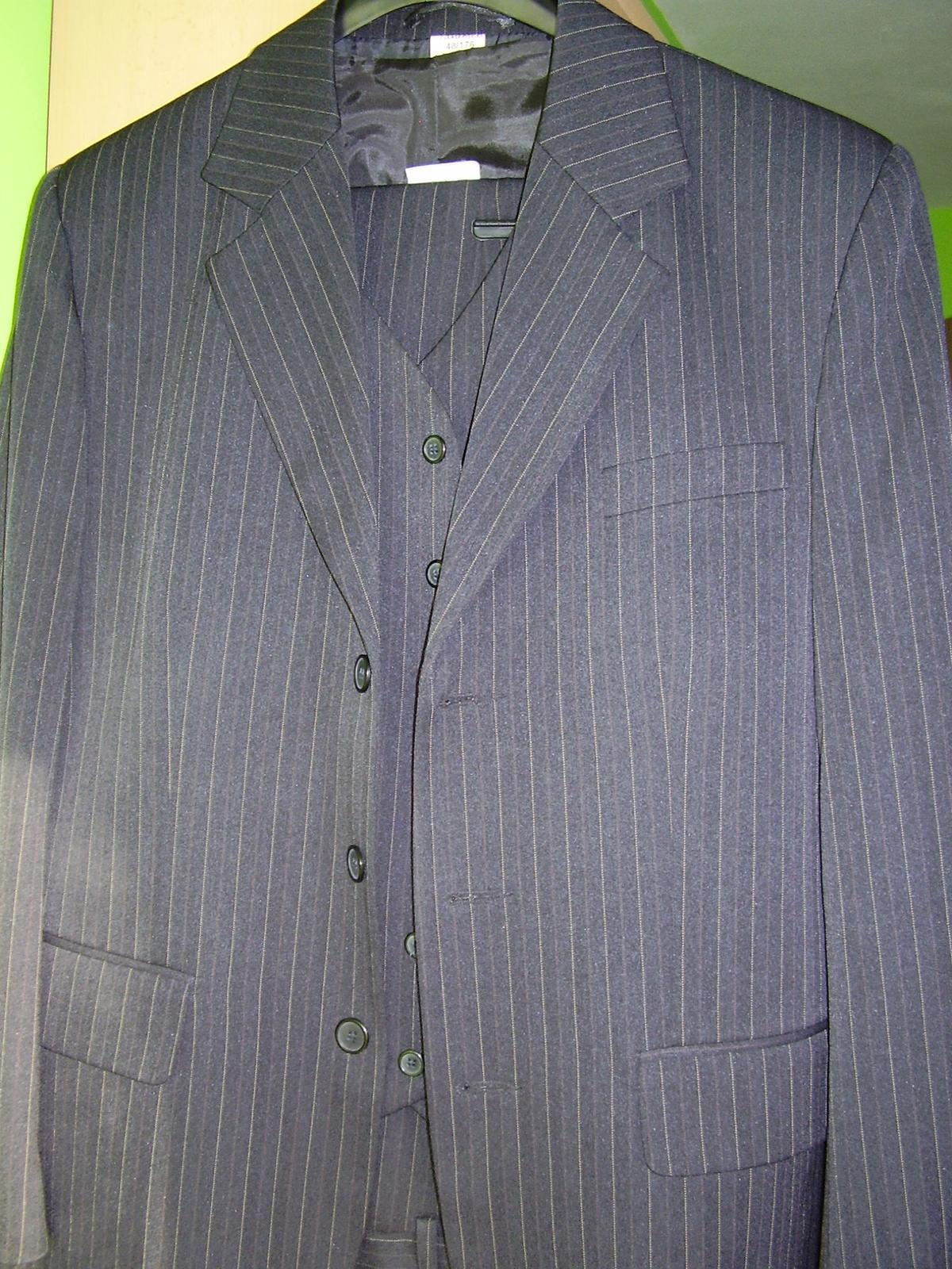 pánsky oblek  - Obrázok č. 1