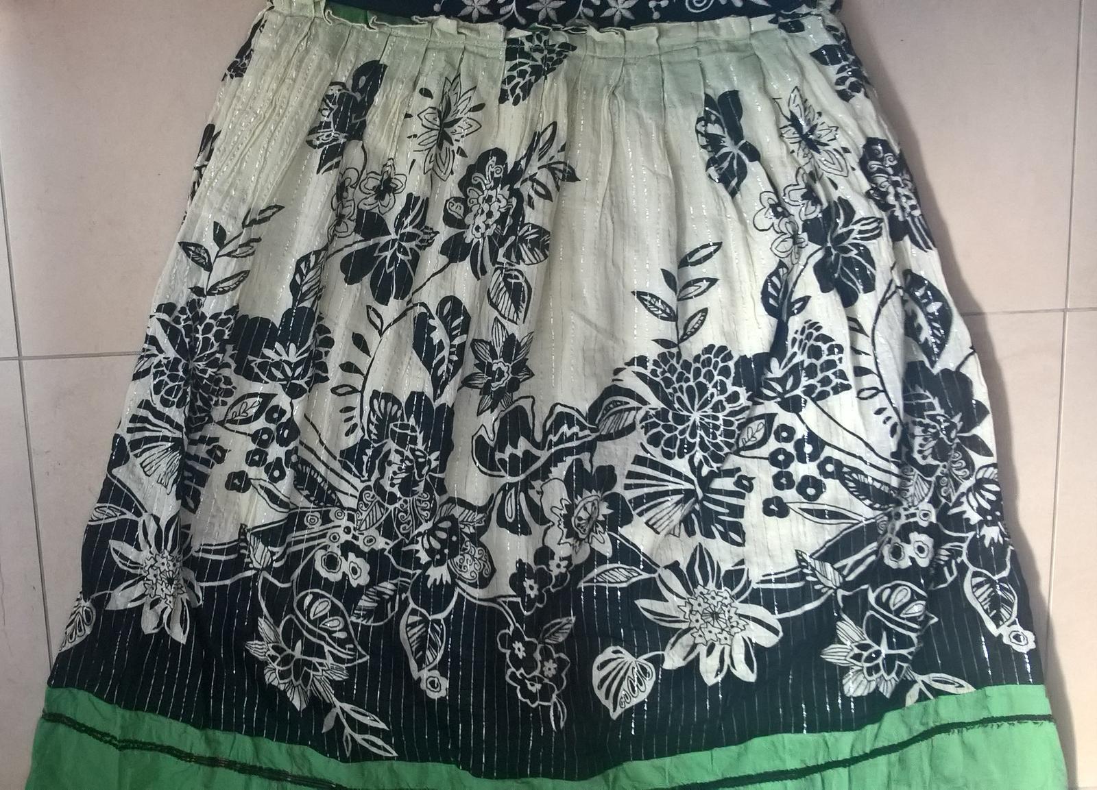 spoločenské dámske kvetované šaty č. 36 - Obrázok č. 4