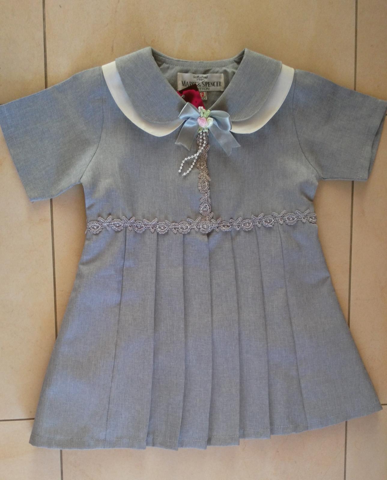 Elegantné šedé šatičky na 2r. - Obrázok č. 1