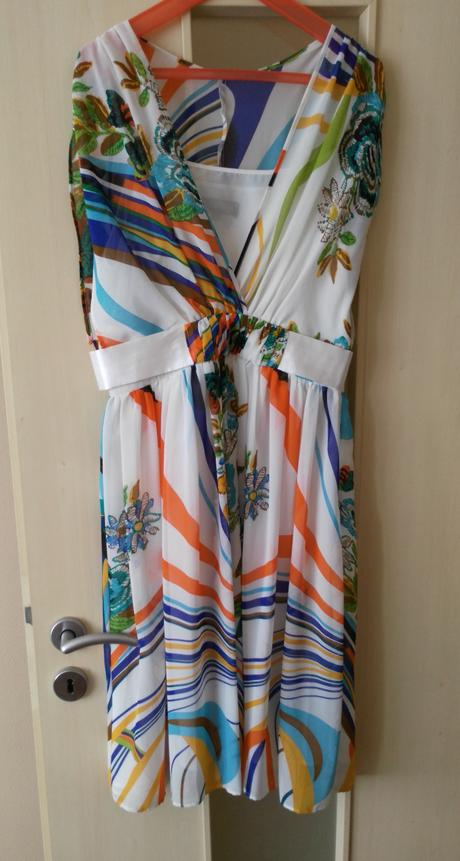 Elegantné/letné šaty č. 36 (S) - Obrázok č. 1
