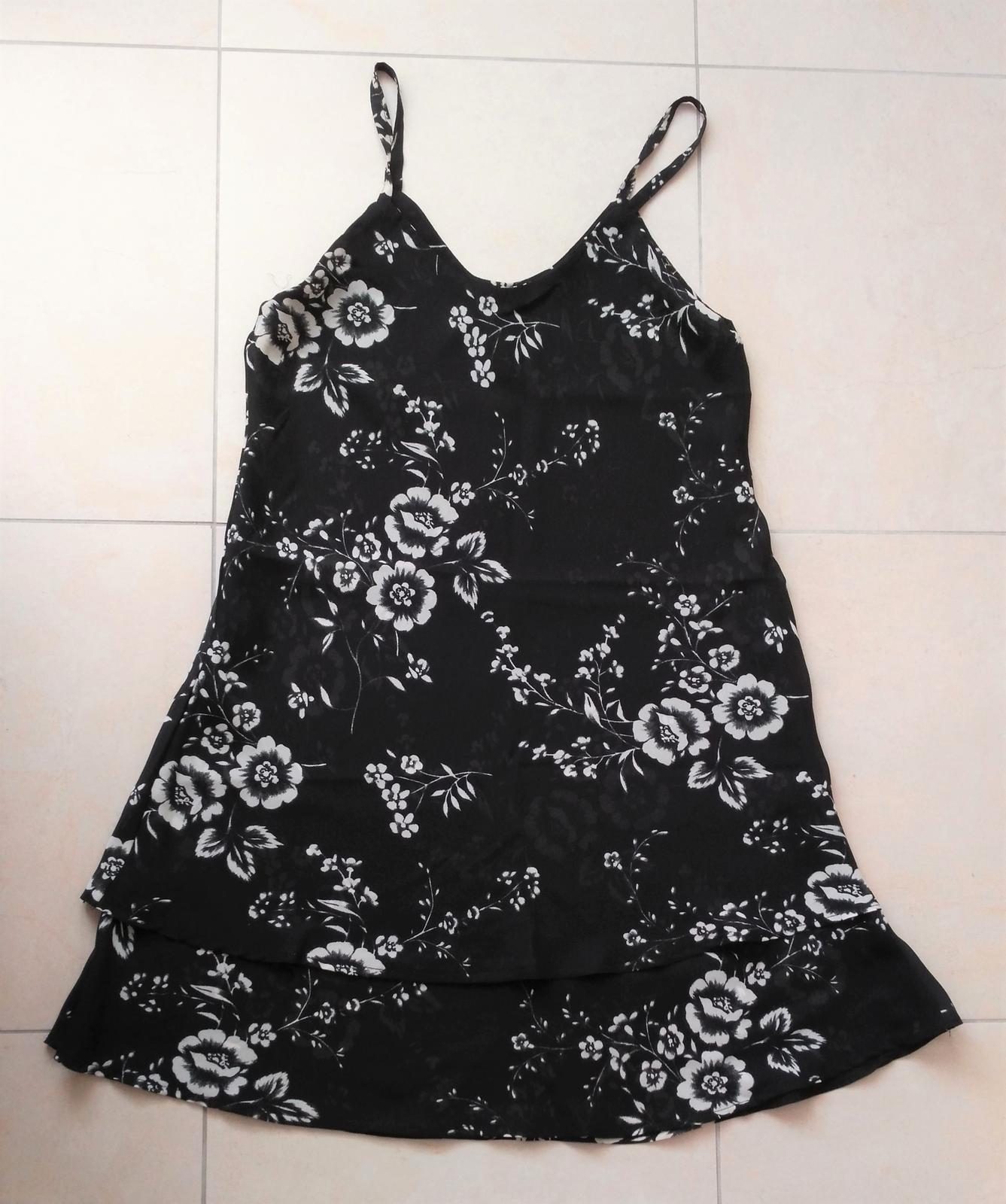 Kvetované šaty 40/L - Obrázok č. 1