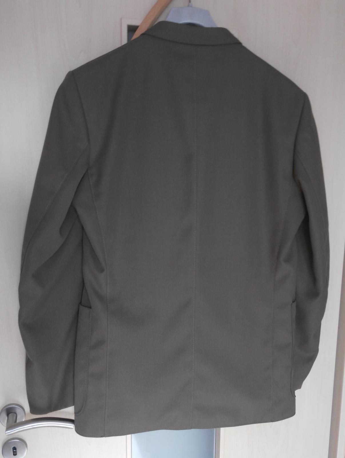 Hnedo-khaki oblek č.52 - Obrázok č. 2