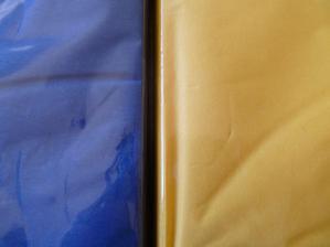 ubrousky 40x40 z IKEA, tmavě modrá a žlutá