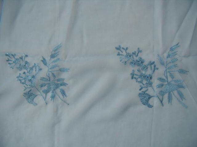 Voálová záclona s vyšívaným vzorom - 250x 300cm - Obrázok č. 2