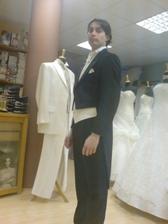 zkouška ženichova obleku