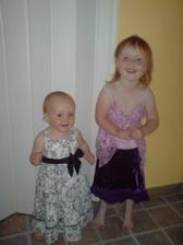 i holky už mají převlíkací šaty