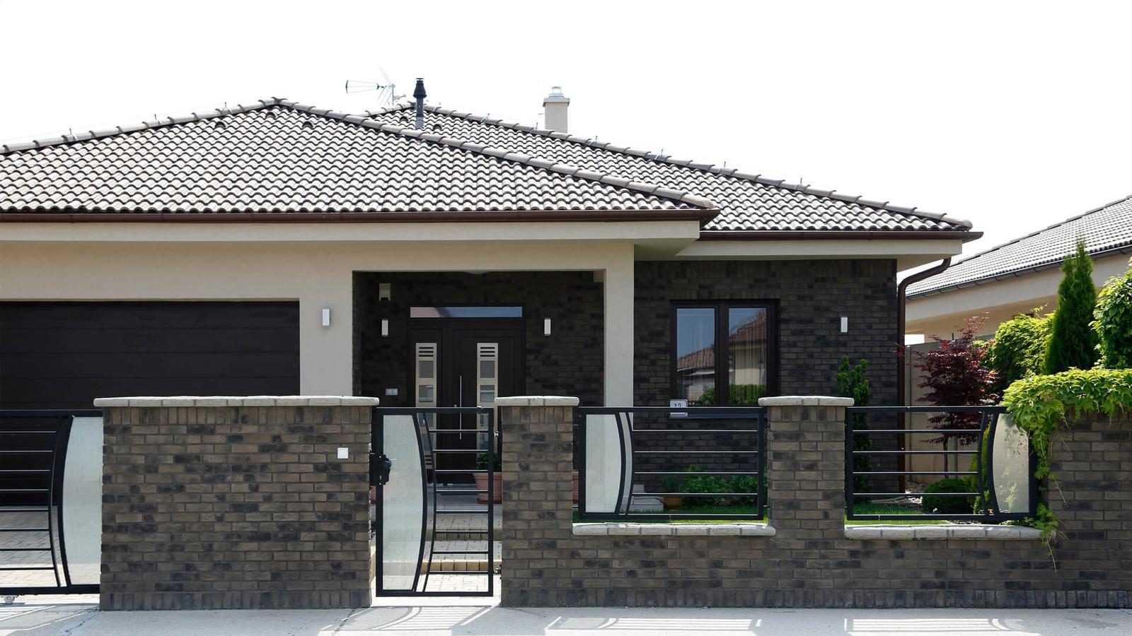 tehlové a  kamenné obklady  - REALIZACIE - tehl. obklad country 618, cenníková cena 22 eur/m2 , zlavy až do výšky 15 %