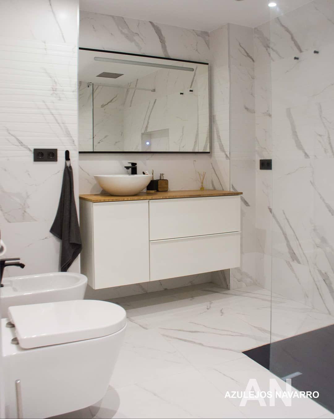 Luxusné kúpelne zo Španielska - Calacatta 40X120, rektifikovaný obklad, 1 trieda, najlepšia cena na trhu