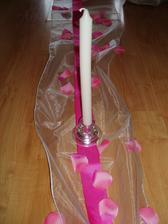 Svietniky a sviečka Ikea,lupienky tu od uživateľky evinna, organza od uživateľky maia