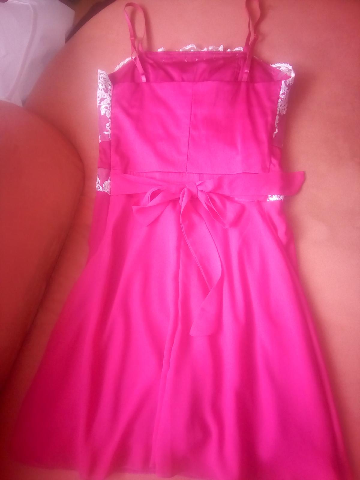 krátke šaty malinovej farby 34,36 - Obrázok č. 3